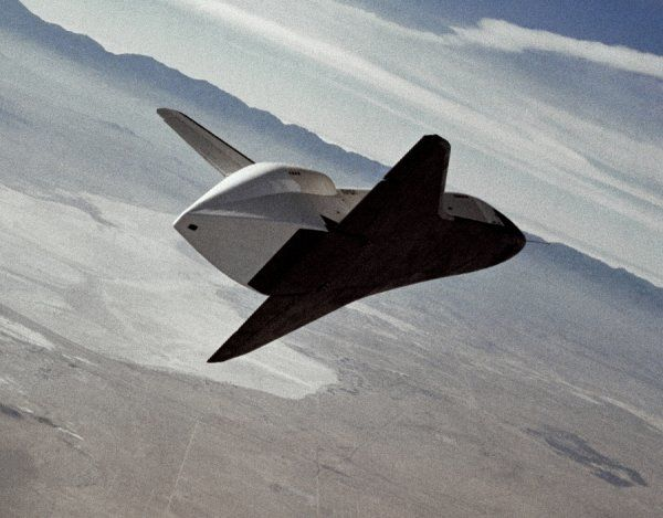 The Space Shuttle prototype Enterprise flies free after being released from NASA's 747 Shuttle Carrier Aircraft (SCA) over Rogers Dry Lakebed during the second of five free flights carried out at the Dryden Flight Research Center, Edwards