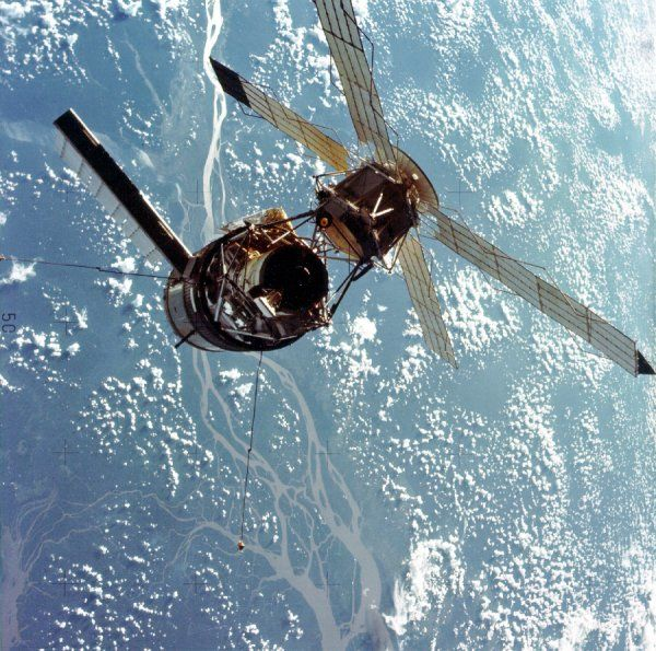 A closeup view of the Skylab space station photographed against an Earth background from the Skylab 3 Command/Service Module during station keeping maneuvers prior to docking